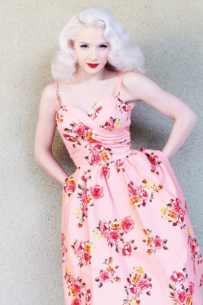 Arana Floral Swing Dress,stopstaring.