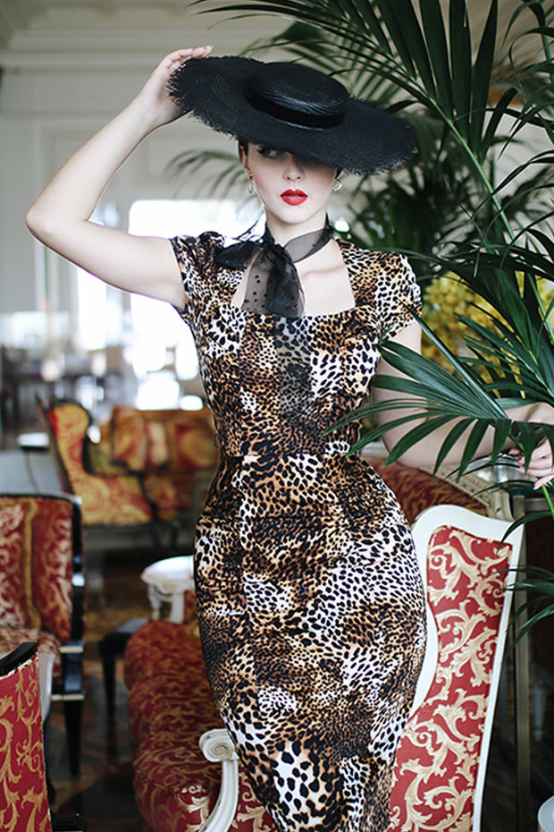 Celebrity Fitted Dress in Leopard,stopstaring.
