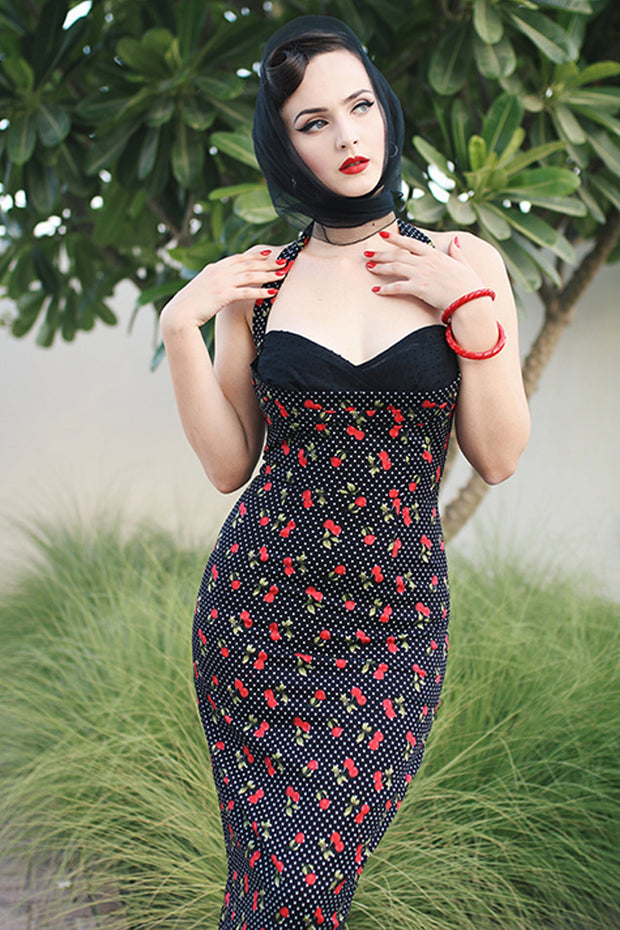 Covergirl Cherry Fitted Dress,stopstaring.