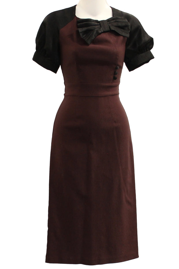ITEM 4060 Burgundy Size small