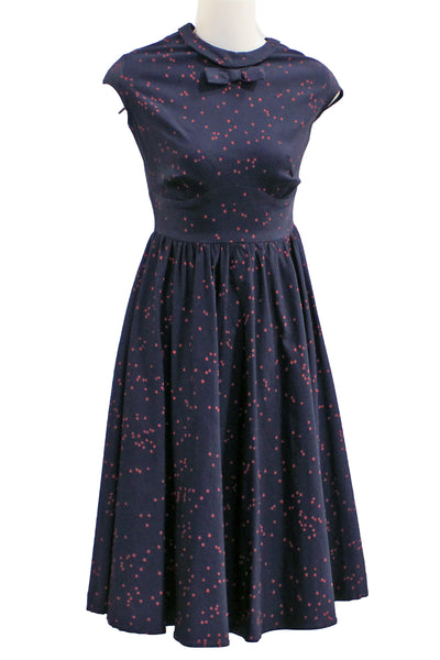 ITEM 4102 Navy Red Dot Size Small