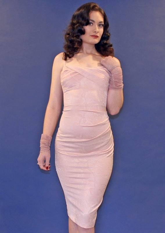 MILLION DOLLAR FITTED DRESS IN PINK ROSE
