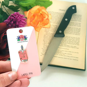Read or Die Lapel Pin