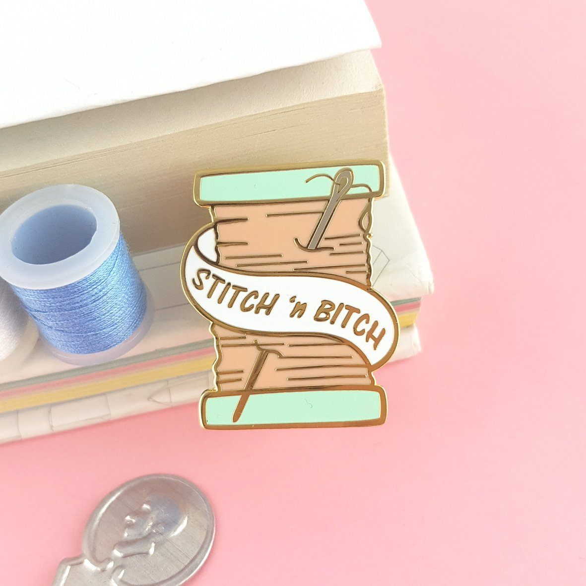 Stitch and Bitch Lapel Pin