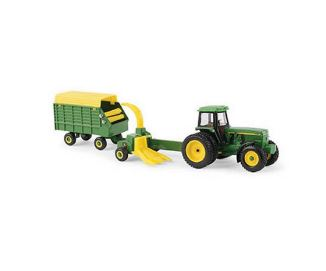 1/64 John Deere 4960 w/ Forage Harvester & Wagon - LP67313