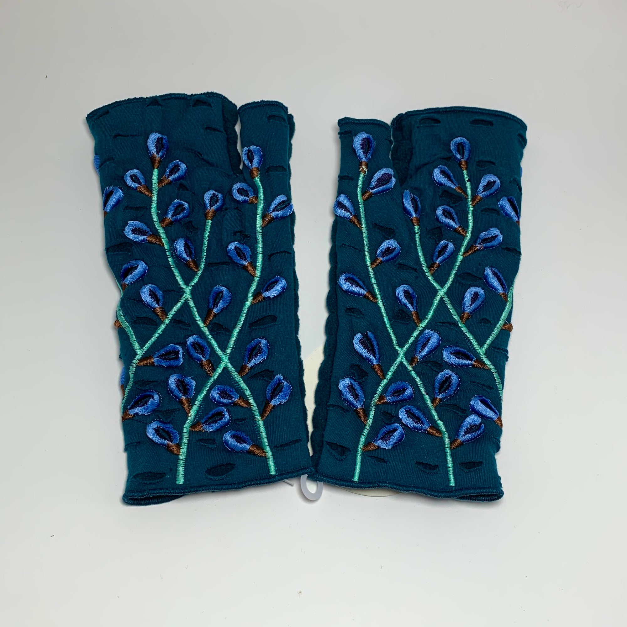 Embroidery Gloves