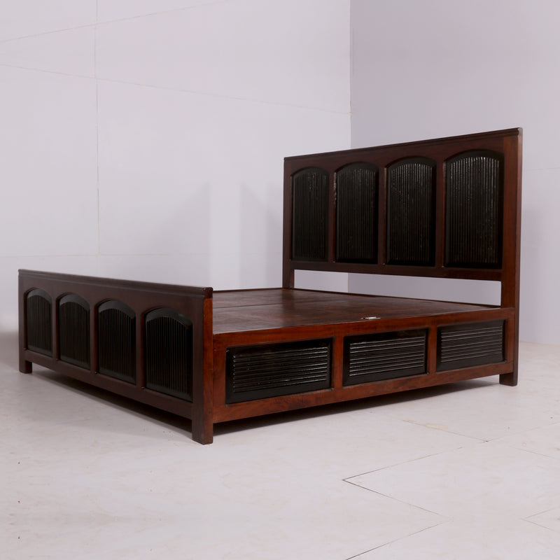 Solid Sized Wooden Bed - Woodsala