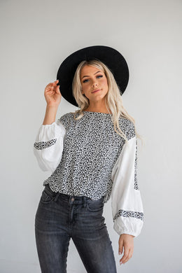 Hit The Spot Contrast Top