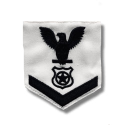 NAVY Men's E4-E6 (MA) Rating Badge: Master At Arms - White