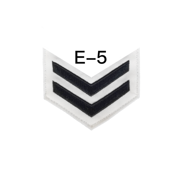 NAVY Women's E4-E6 (BM) Rating Badge: Boatswains Mate - White