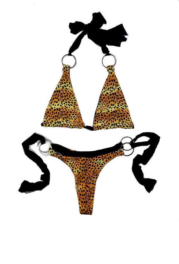 wendolin-designs - Wendolin Designs -  - Two piece bikini set / Leopard print.