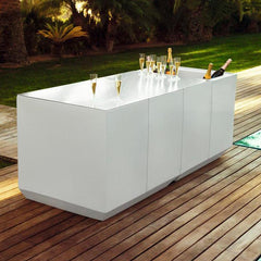 Outdoor white garden bar
