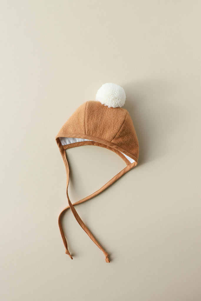 Briar Baby Saddle Pom Bonnet