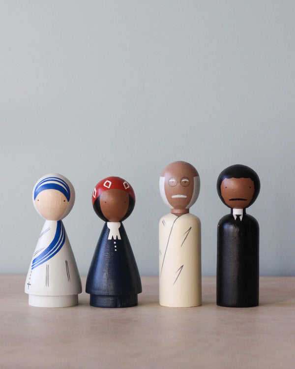 The Peace Makers Peg Dolls Set