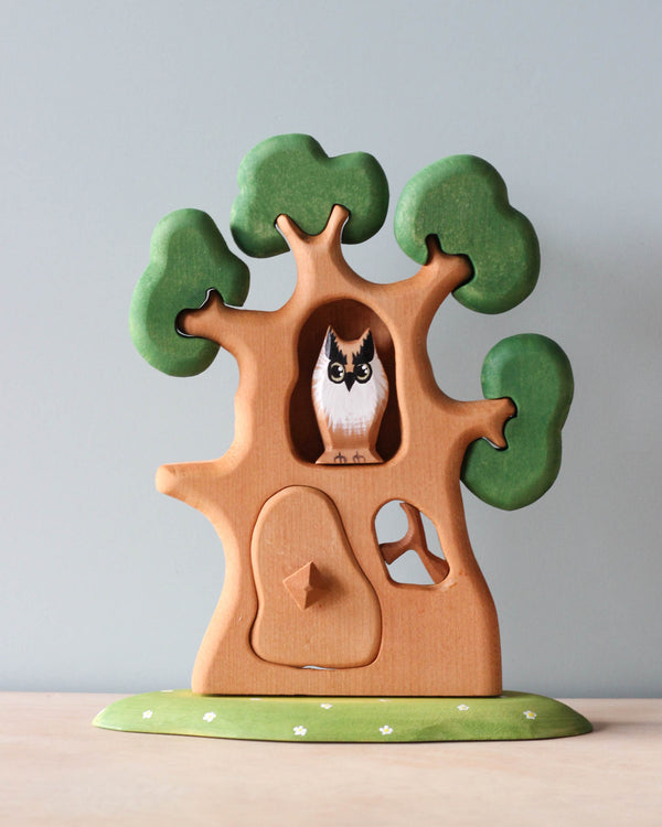 Large Wooden Tree With Owl