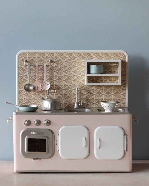 Maileg Retro Metal Kitchen