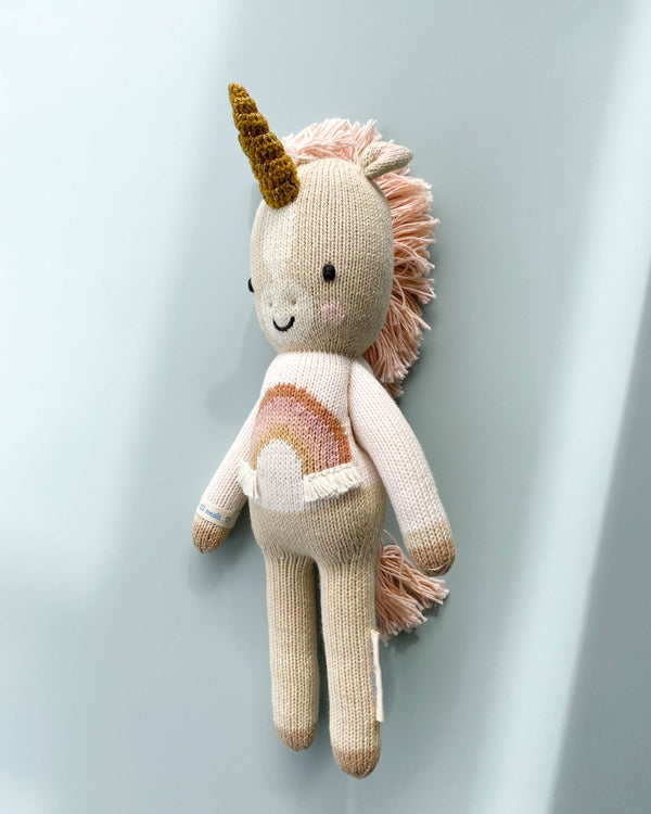 "Zara the Unicorn <br/> <font size=""2.7"">Gives 16 meals</font>"