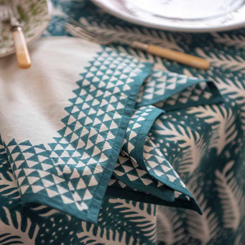 Penny-Morrison-Green-and-white-Fern-Napkin-Floral-Pretty-Whimsical-Cute-Cloth-Table-accessory-patterned