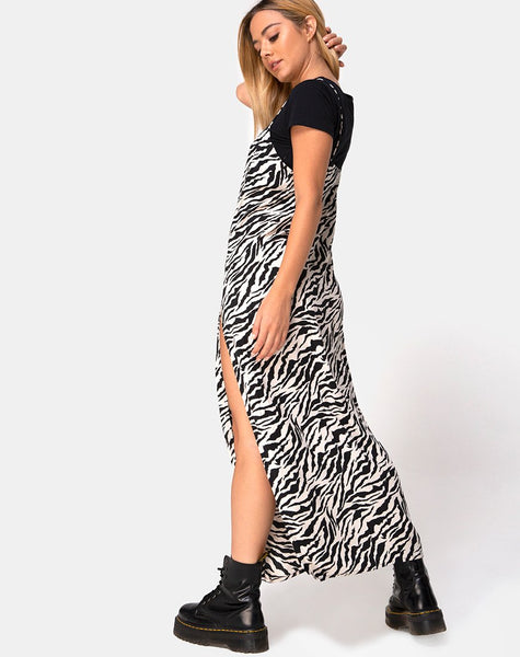 Batis Maxi Dress in 90's Zebra by Motel