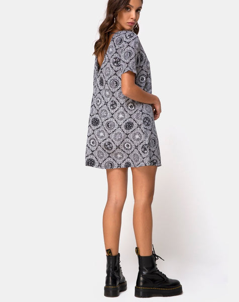 Crosena Dress in Astrology Black by Motel