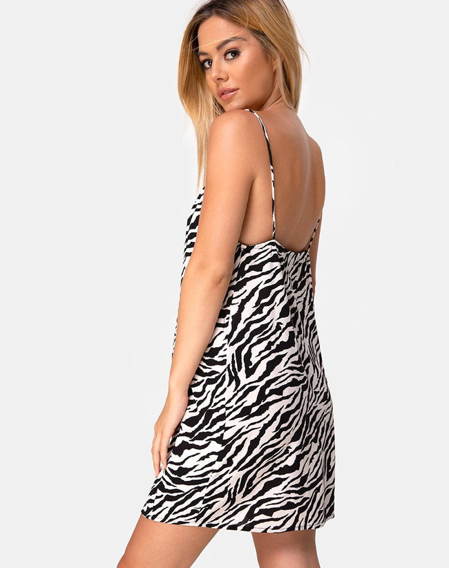 Datista Dress in 90's Zebra Black and White by Motel
