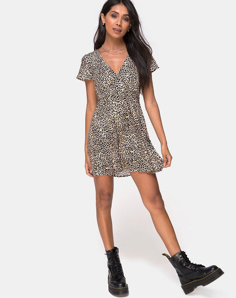 Elara Tea Dress in Rar Leopard Brown by Motel