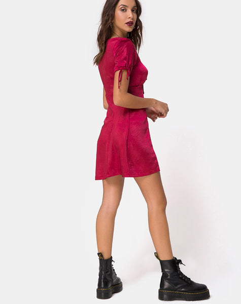 Guenette Dress in Satin Cherry by Motel