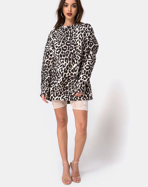 Oversize Sweatshirt in Oversize Jaguar by Motel