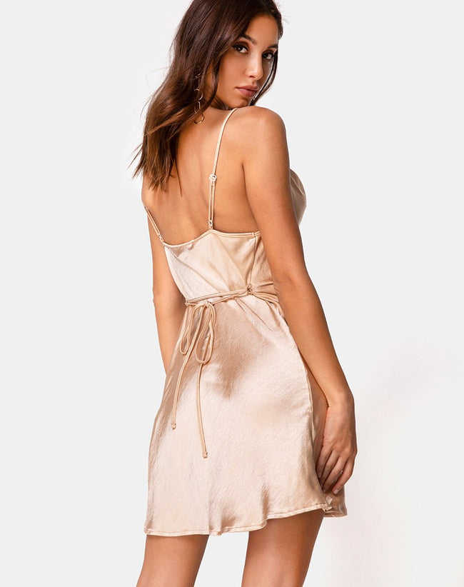 Paiva Dress in Satin Gold by Motel