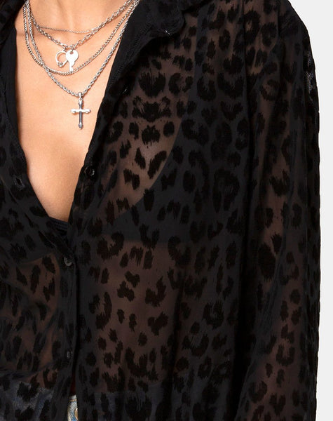 Phobe Shirt in Leopard Flock Net Black by Motel