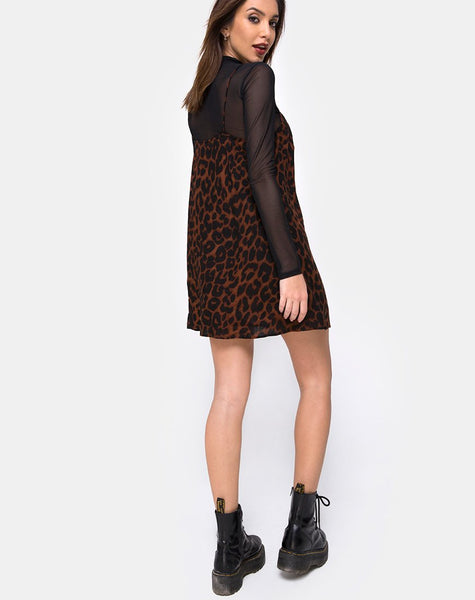 Sanna Slip Dress in Oversize Jaguar Brown by Motel