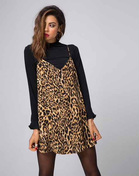 Sanna Slip Dress in Leopard by Motel