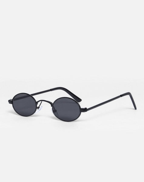 Sofia Sunglasses in Black by Motel