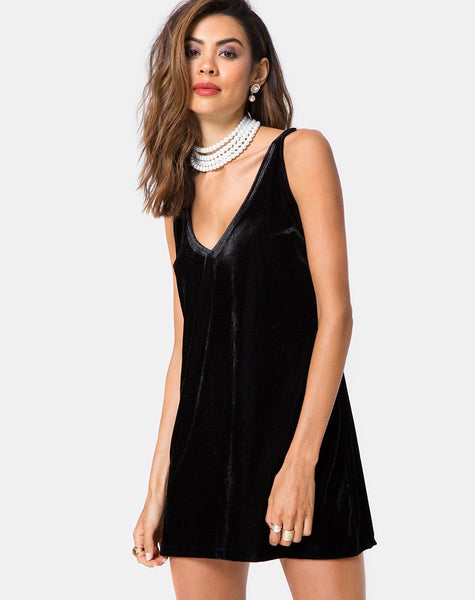 Tori Dress in Velvet Pearl Black by Motel