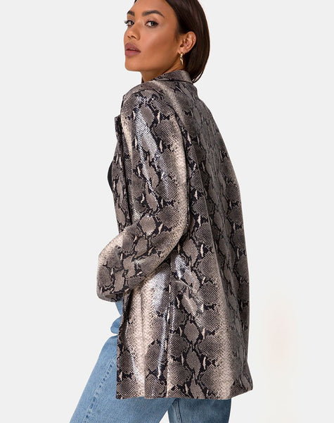 Verra Oversized Blazer in PU Beige Snake by Motel
