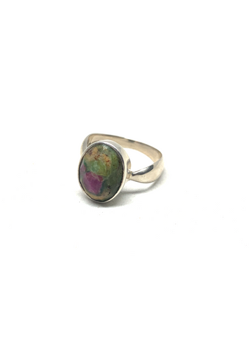 Ruby Fuchsite Faceted Oval Ring - Size 7.5