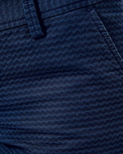 "Load image into Gallery viewer, 5"" Callahan Jacquard Short - True Navy"
