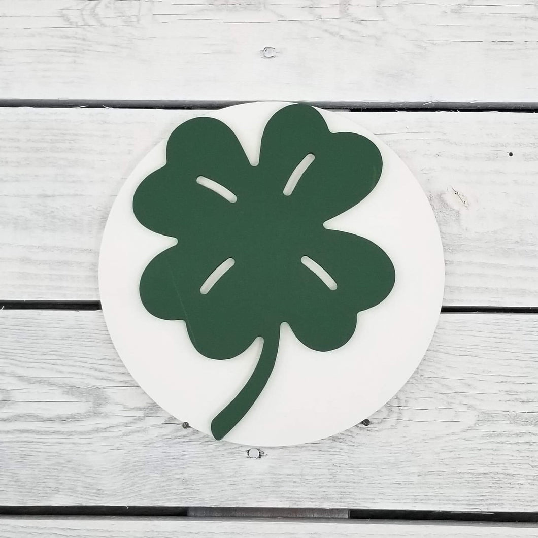 Clover Medallion