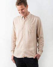 Load image into Gallery viewer, TENCEL™ SHIRT DESERT BEIGE