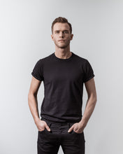 Load image into Gallery viewer, T-SHIRT BLACK-T-shirt-Blankdays