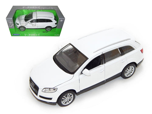 Audi Q7 White 1/24 Diecast Car Model by Welly | Allshop.store