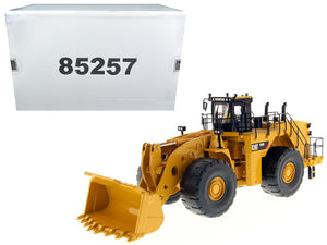 Caterpillar 993K Wheel Loader with Operator High Line Series 1/50 Diecast Model by Diecast Masters | Allshop.store