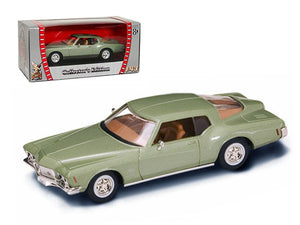 1971 Buick Riviera GS Green 1/43 Diecast Car Model by Road Signature | Allshop.store
