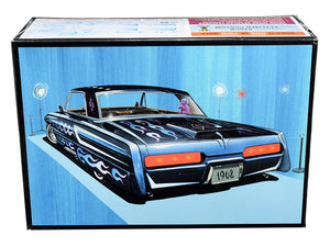 Skill 2 Model Kit 1962 Buick Electra 225 2 in 1 Kit 1/25 Scale Model by AMT