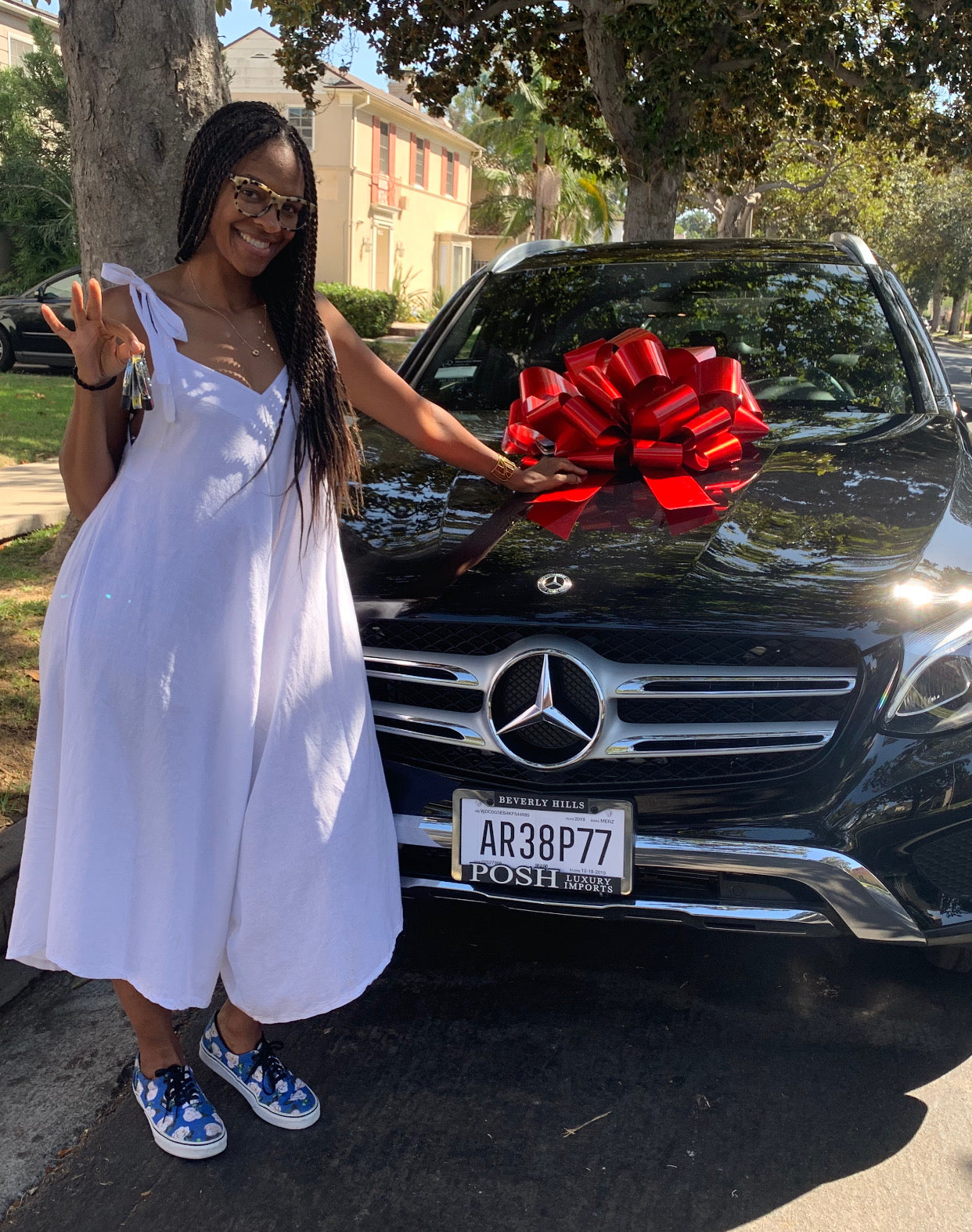 Genelle's 2019 Mercedes GLC 350E was delivered to her front door!