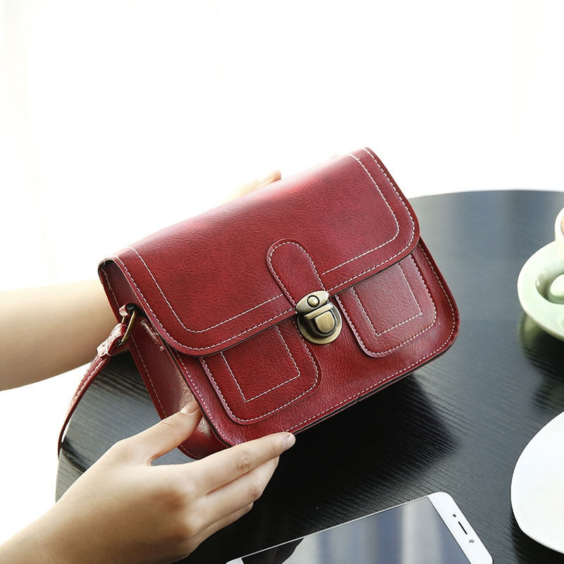 c0e6a862d3f3 Click to enlarge. Home DAUNAVIA 2019 New Korean Version The Small Square Women  Bag Fashion Handbags Retro Shoulder Bag Messenger ...