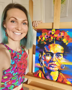 Anna Hughes of Anya's Studio with her orginal Frida Kahlo colourful acrylic painting