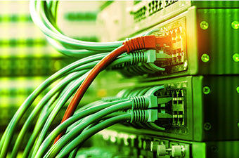 green and red cables in use
