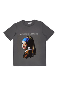 Original 'Girl with a Pearl Earring' Artwork Reproduction Print T-Shirt Grey