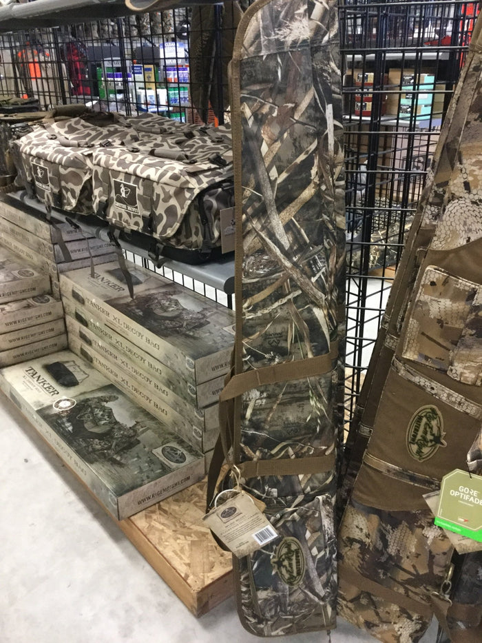 Rig Em Right Sure Shot Floating Gun Case RealTree Max 5